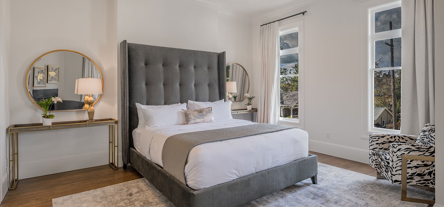 BOOK YOUR STAY IN ANY OF THE UNIQUE ROOMS TYPES AT OUR NAPA HOTEL